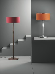 Iris-Bronze-Table-Lamp-_Younique-Plus_Treniq_0