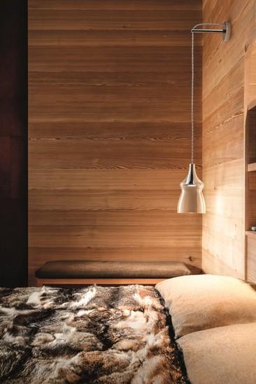 Nostalgia small crystal studio italia design treniq 1 1516801124884