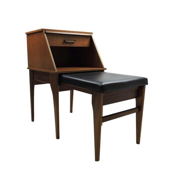 Table  danielle underwood treniq 1 1517334424527