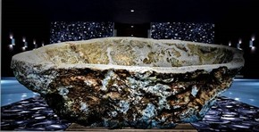 Rock-Crystal-Quartz-Rutile-Bathtub_Crivelli-Designs_Treniq_0