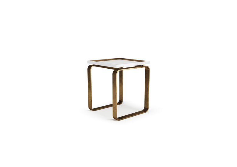 Side table space aparattus treniq 1 1517827261996