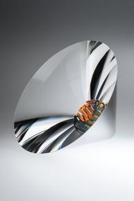 Particolour-Vortex-Sculpture_Plateaux_Treniq_0