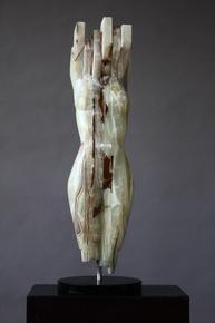 Female-Form-Sculpture_Plateaux_Treniq_0