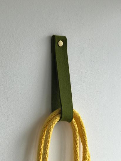 Loop xl  wall hook et aussi ... treniq 1 1520331252393