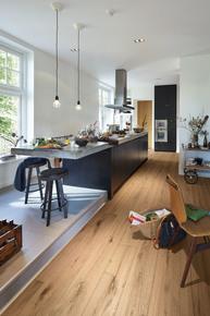 Lindura-Rustic-Oak-Flooring_Upton-Wood-Flooring-Ltd_Treniq_0