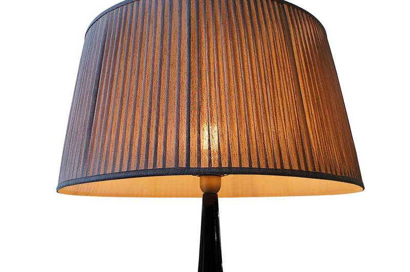 Table lamp fiberglass bronze onix 2 352 1600 1200 100