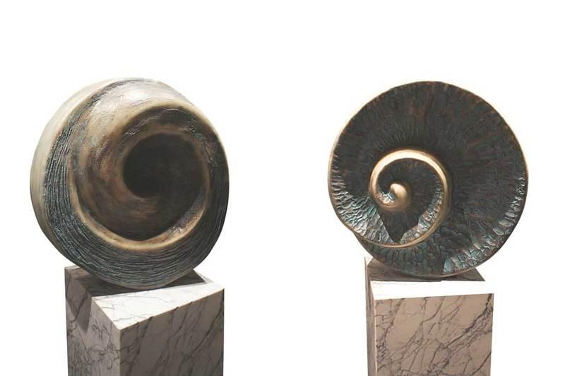 Sculpture fiberglass art buzio 1