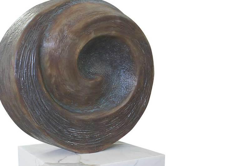 Sculpture fiberglass art buzio 2