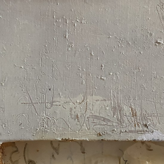 White crumpled detail3