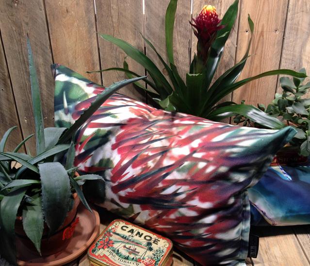 Christmas spiky pillow bendixen mikael treniq 1 1523968662394