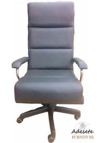 Black-Office-Swivel-Chair_Adesete-Furniture_Treniq_0