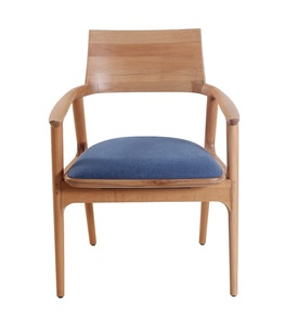 Tuettu-Chair-V_Alankaram_Treniq_0