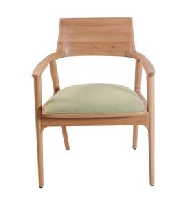 Tuettu-Chair-Vi_Alankaram_Treniq_0