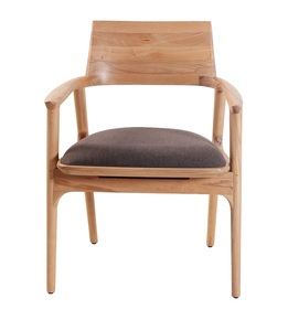 Tuettu-Chair-Vii_Alankaram_Treniq_0