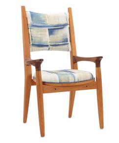 Vinil-Chair-Iv_Alankaram_Treniq_0