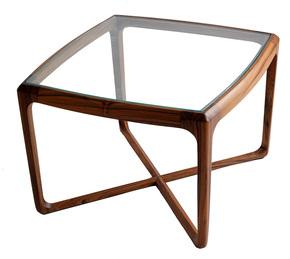 Whiti-Table-I_Alankaram_Treniq_0
