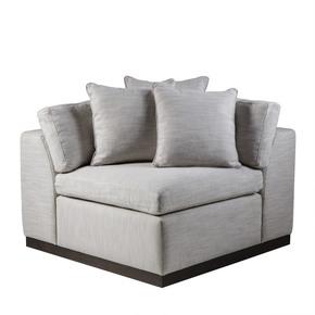 Dawson-Corner-Chair-Melinda-Nubia-_Sonder-Living_Treniq_0