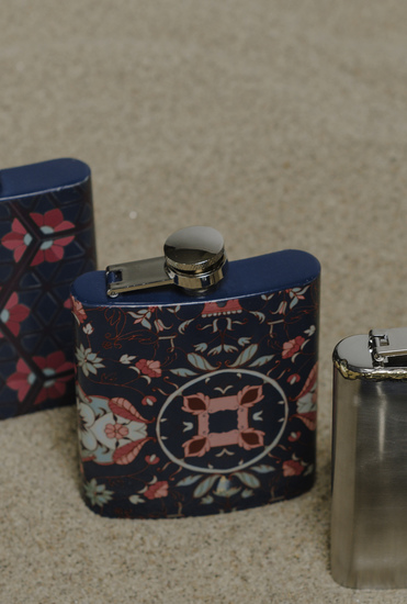 The tantraa hip flask living with elan treniq 1 1527230243458