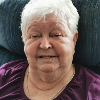 Photo of Elizabeth Crowe