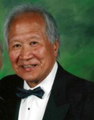 Photo of Raymond Wong