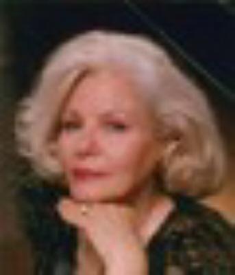 Photo of Helen Davis