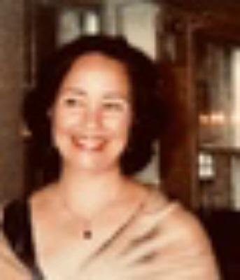 Photo of Claudia Jardim