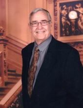 Photo of Dr. Robert Wells