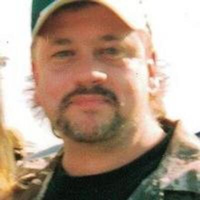 Photo of Lyle Marshall