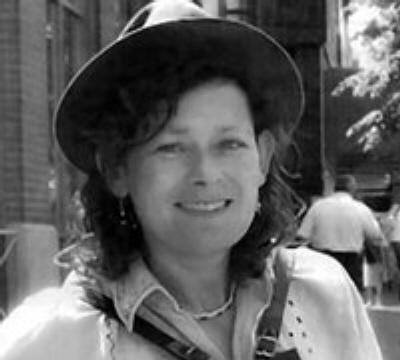 Photo of Anita Lipohar