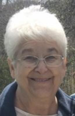 Photo of Nancy Harvey