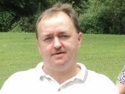 Photo of Larry Brooks