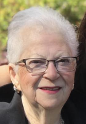 Photo of Gertrud Tepperberg