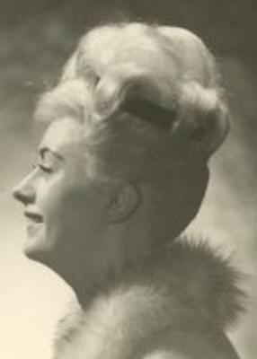 Photo of Kathryn Layfield