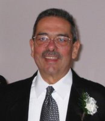 Photo of Ronald Essiambre