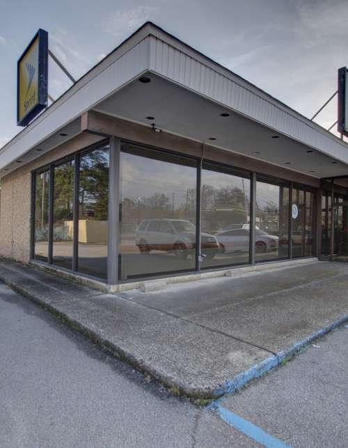 825 Knox Abbott Drive