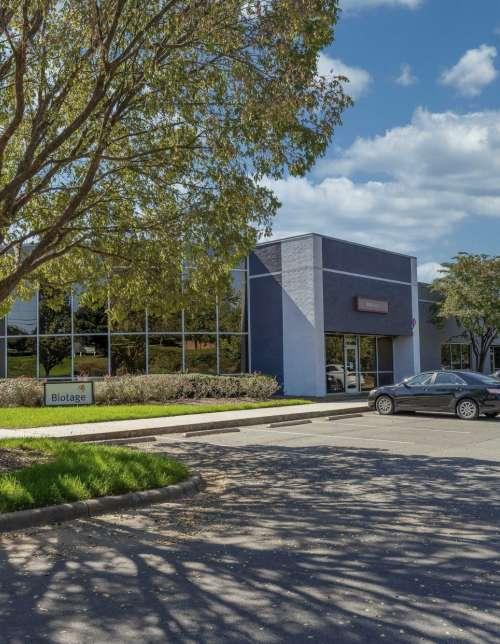 Harris Corners Corporate Center - 10430