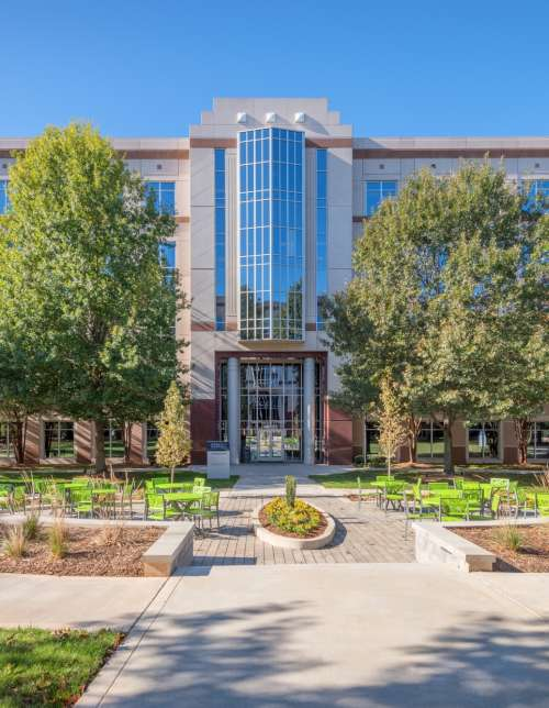 North Charlotte's Harris Corners sells to CP Group, Trinity Partners office leasing retains assignment
