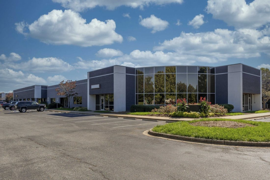 Perimeter Woods Business Park and Harris Corners Corporate Center acquired by Adler Real Estate