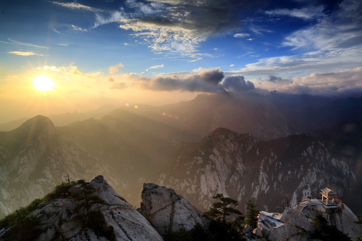 User submitted photo of Mount Huashan