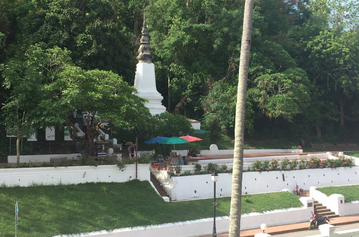 How To Climb Mount Phousi In Luang Prabang The Travel Brief