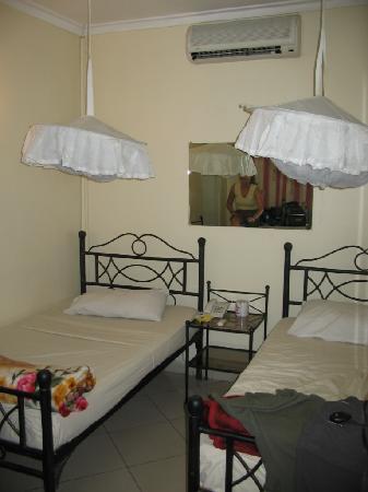 Arusha Naaz Hotel