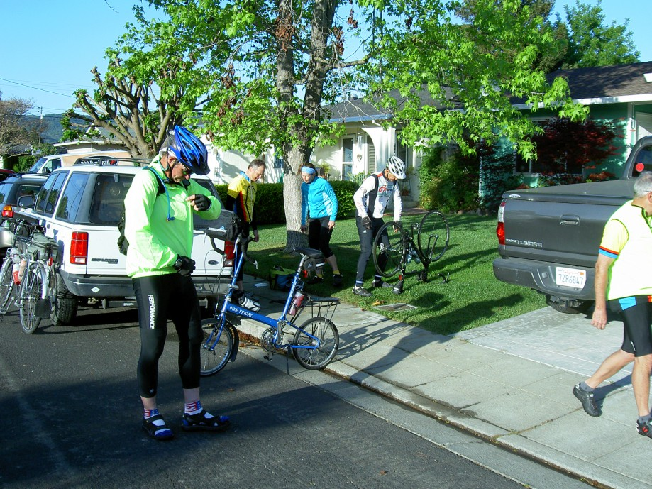 Trip photo #4/39 Getting ready to start the ride