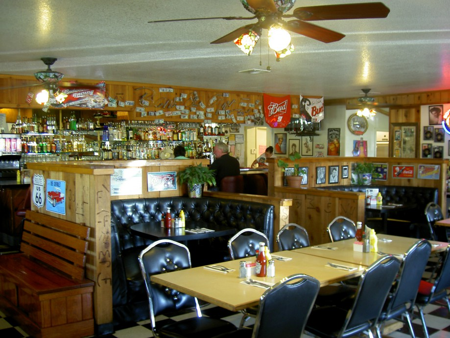 Trip photo #11/39 '50s Roadhouse Restaurant - breakfast stop