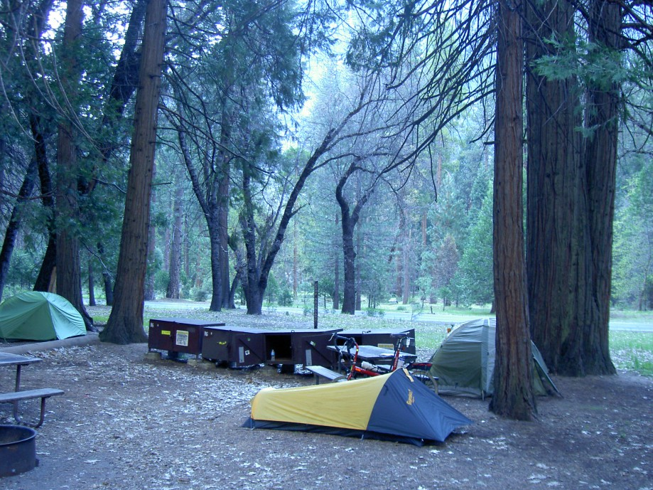 Trip photo #31/39 Campsite at Camp 4
