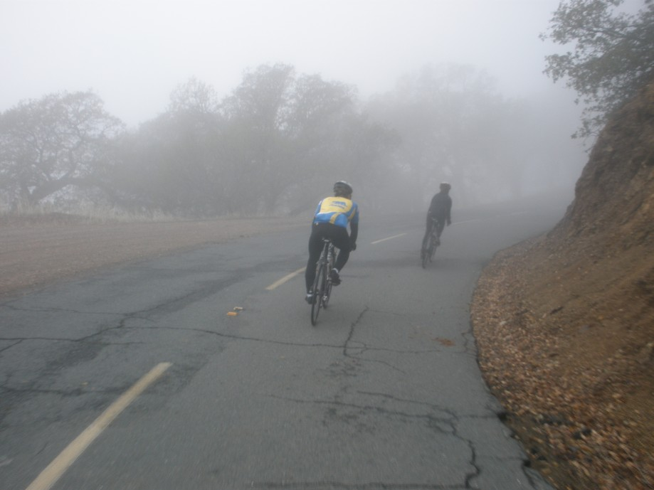 Trip photo #10/18 Down into the fog on the north side