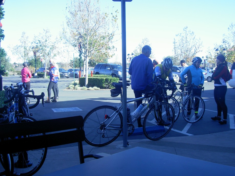 Trip photo #8/12 Refreshment stop at Starbucks on Vineyard