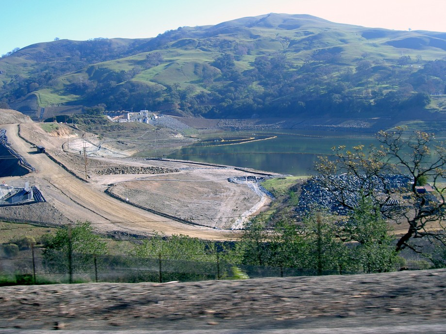 Trip photo #4/11 Dam construction continues on Calaveras Rsvr.