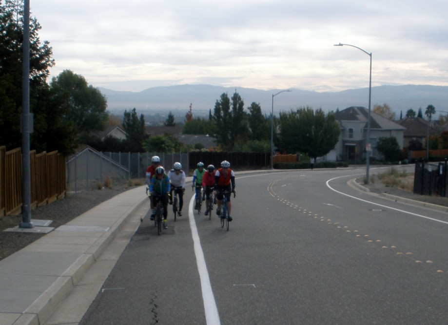 Trip photo #2/4 A few hills at the start along Westside Dr.