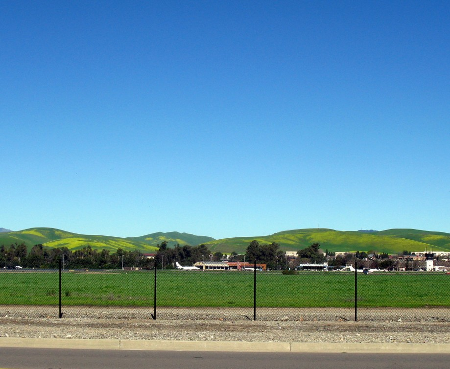 Trip photo #35/45 Livermore airport and grass/mustard covered hills