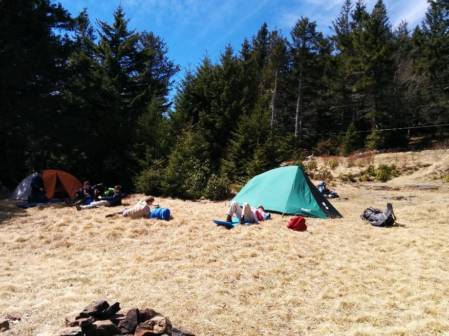 Trip photo #4/11 Base camp at Commissary Hill
